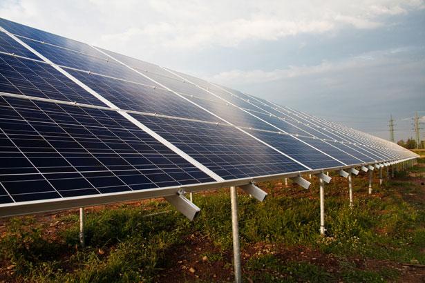 Une centrale photovoltaïque urbaine de 25 hectares à Toulouse